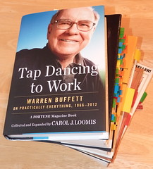 Tap Dancing to Work: Warren Buffett on Practically Everything by Carol J. Loomis - pix 1