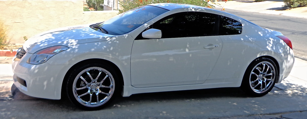 Nissan Altima Coupe with Rims