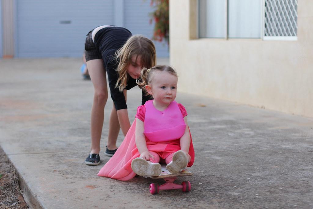 Skate Helping