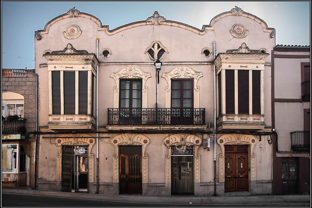 Edificio de 1910 - Alcañices (Zamora)
