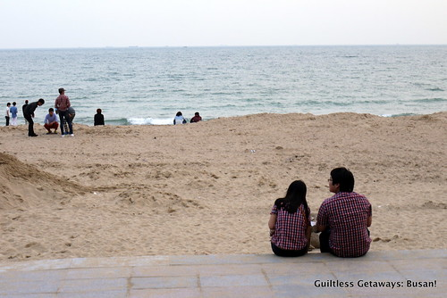 couple-haeundae-beach.jpg