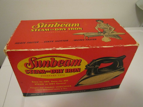 IMG_2712_Sunbeam_Iron_Box