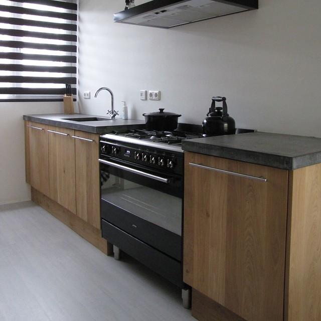 Eiken Keukenblad : Massief eiken houten keuken met ikea keuken kasten door