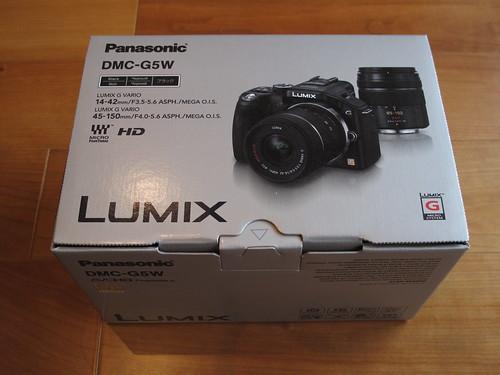 LUMIX DMC-G5W