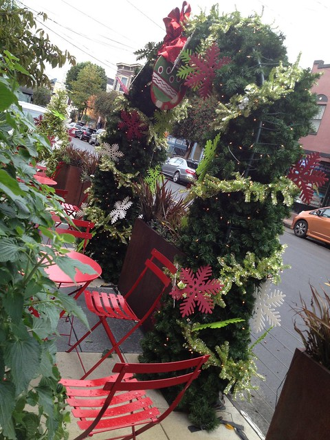 Christmas decorated Noe Valley parklet