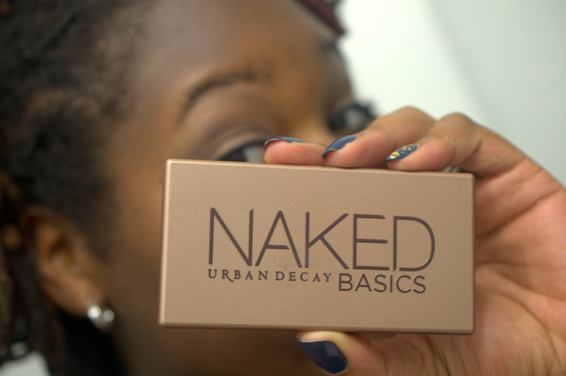 Oh snap..it's the Urban Decay Naked Basics palette!
