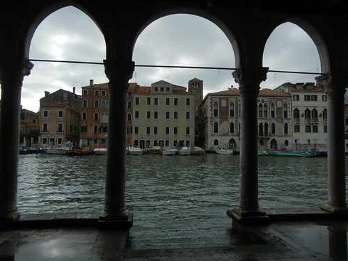 DSCN2141 _ view of the Grand Canal from the courtyard of Ca d'Oro, Venezia, 14 October