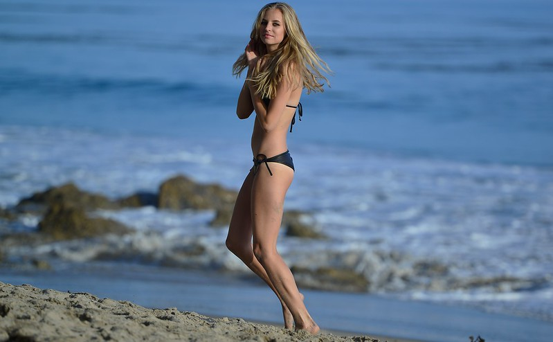 Nikon D800 Photoshoot of Bikini Swimsuit  Model in Malibu