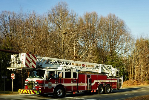 Ladder 436, Fairfax County Fire Department by pvera
