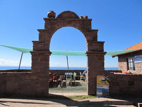 Lac Titicaca: il est 10h30. Et si nous mangions une truite sur l'île de Taquile ?