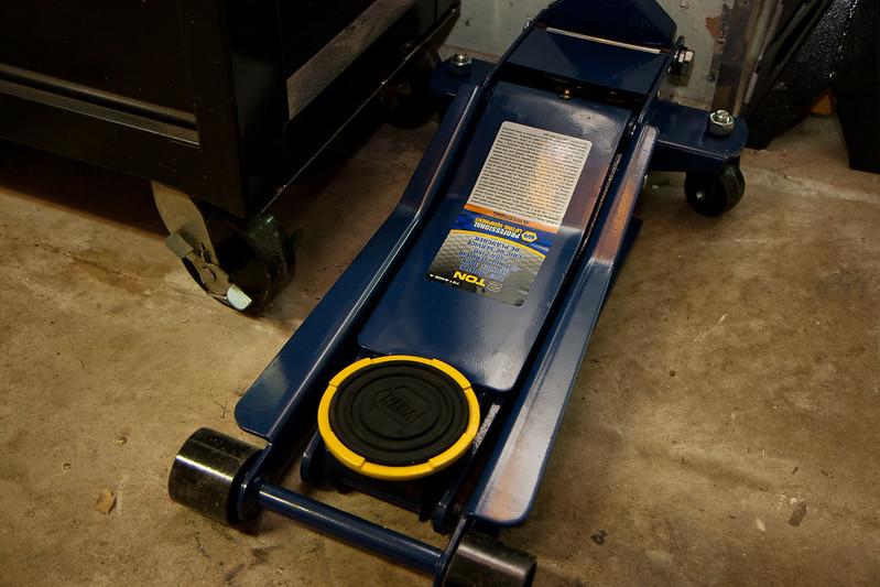 Napa low profile floor jack carpet review for 15 ton floor jack