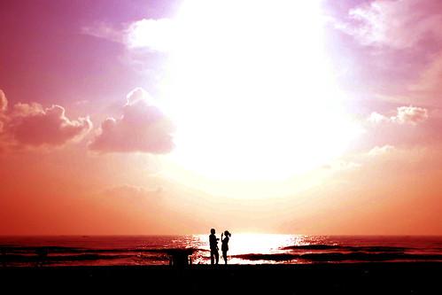 [フリー画像素材] 人物, カップル, 朝焼け・夕焼け, 人物 - 海, シルエット ID:201211150600