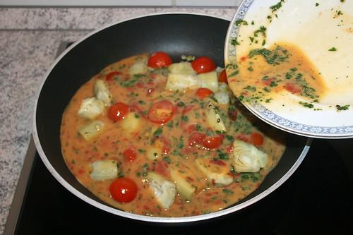 28 - Eimischung dazu gießen / Add egg mix