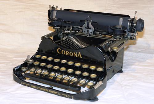 Corona #3 Typewriter - 1917