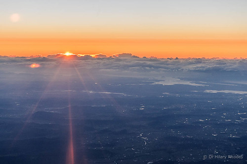 A golden sunrise over the central coast from over Wylies Flat