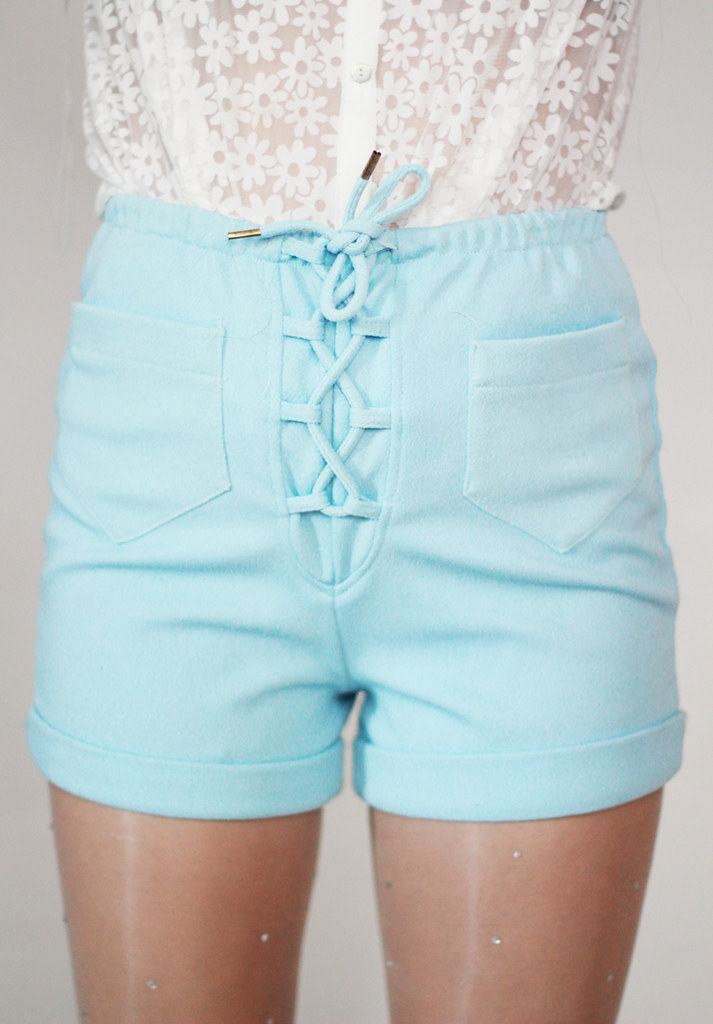Tarte Vintage blue lace up shorts