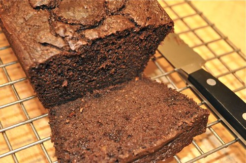 chocolate cinnamon banana bread 14