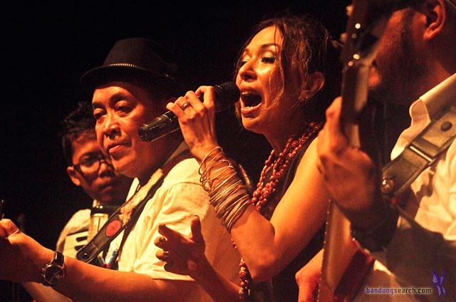Ngayogjazz-2012-Syaharani-(7)