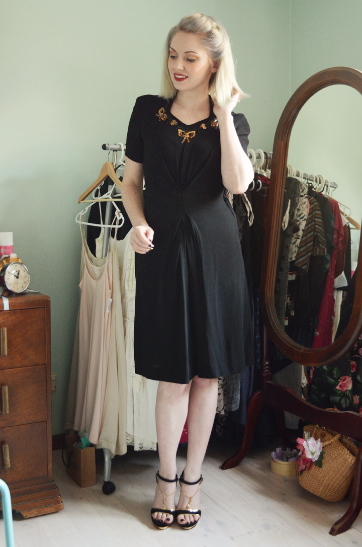 1940s dress black and gold sequins c