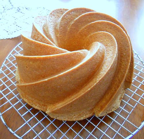 Swirl Bundt Cake 005