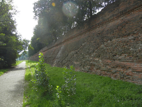 DSCN3949 _ Ruin of City Wall, Ferrara, 17 October
