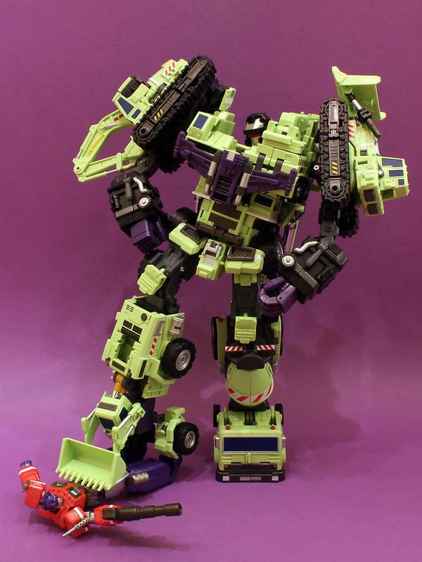 "Collection Nosfe ""Transformers & Hokuto No Ken & Cie"" - Page 2 8281597825_5a51c3cf86_c"
