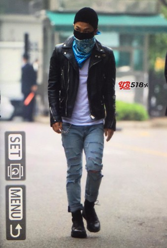 Big Bang - KBS Music Bank - 15may2015 - Tae Yang - YB 518 - 05