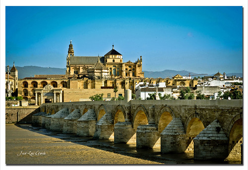 El Puente Romano y la Mezquita-Catedral de Córdoba
