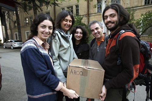 Consegna dei libri italiani Centro Culturale italiano a Tbilisi Georgia