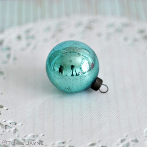 Vintage turquoise bauble