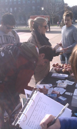 People Signing Up