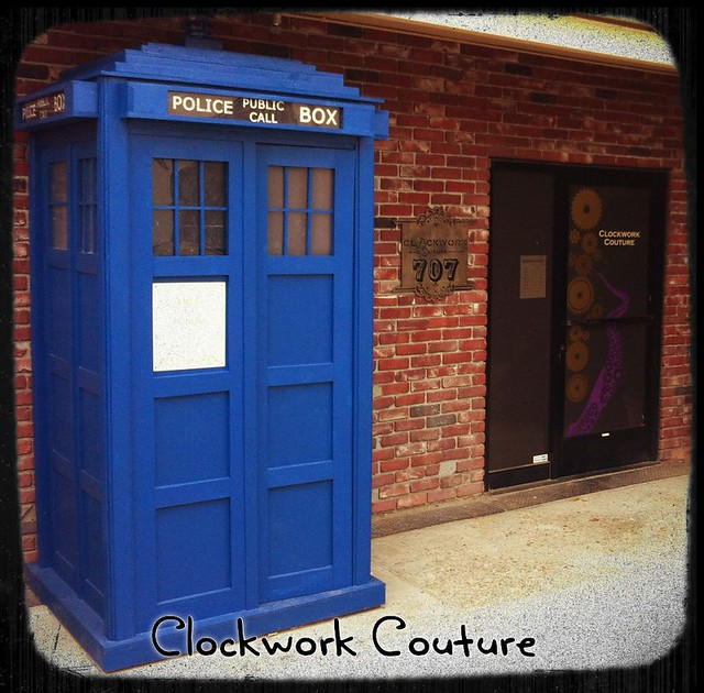 clockwork couture's tardis