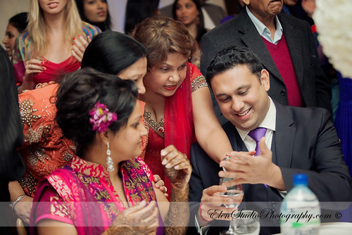 Indian-wedding-photographer-Henna-night-V&A-Elen-Studio-Photograhy-043