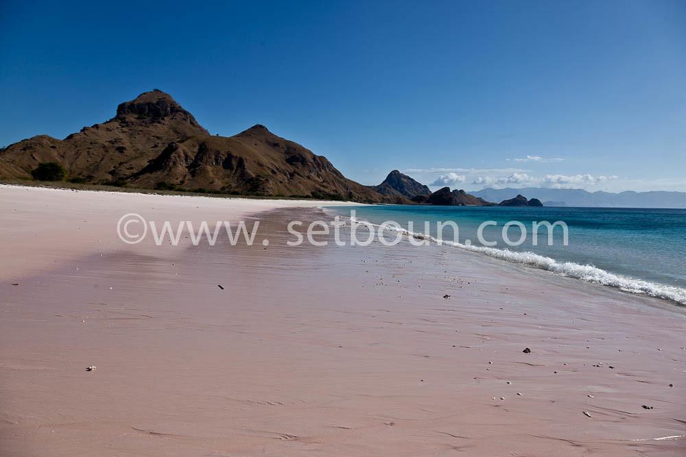 Pink Beach пляж