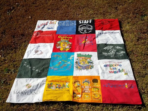 T-shirt quilt (my side)