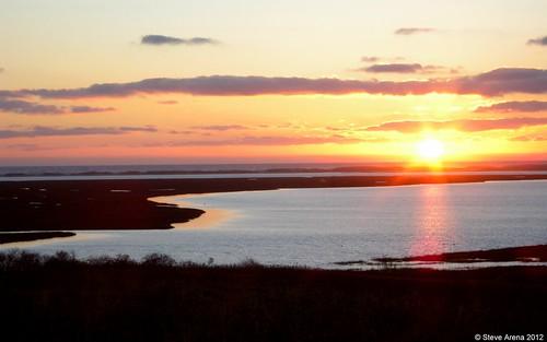 sunrise forthill
