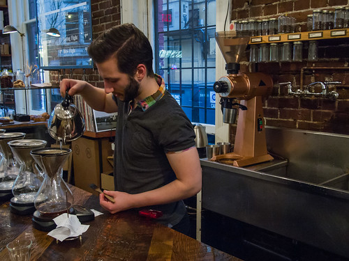 making kone coffee at revolver_coffee-20121130-1.jpg