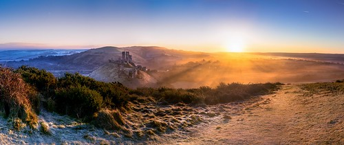 panorama sun mist photoshop sunrise landscape frost sony goldenhour corfecastle