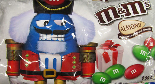 Christmas M&M Almond Packaging