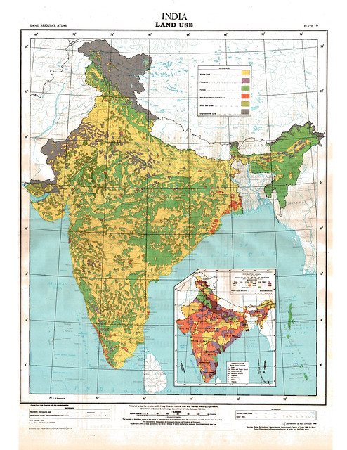 Land use map of India. Arable land is shown in yellow, non agricultural land in red, forests in green and unproductive lands in grey.