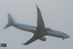 G-FDZE - 35137 - Thomsonfly Thomson Airways - Boeing 737-8K5 - Luton - 120501 - Steven Gray - IMG_4402
