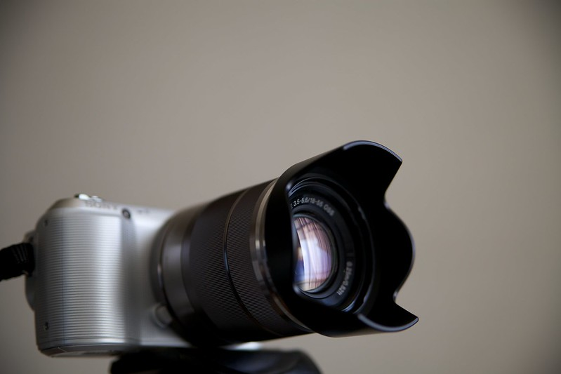 SONY NEX-C3 & E18-55mm F3.5-5.6 OSS