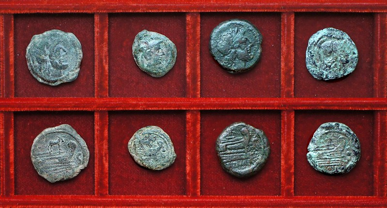 RRC 195 Ass bronzes, RRC 196 Star semis, RRC 196R Star triens (not RRC 113), Ahala collection, coins of the Roman Republic