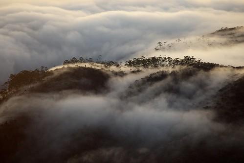 [フリー画像素材] 自然風景, 山, 雲, 霧・霞 ID:201212180400