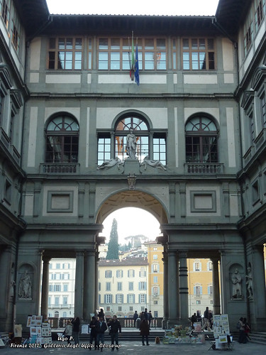 Galleria degli Uffizi - Close-up
