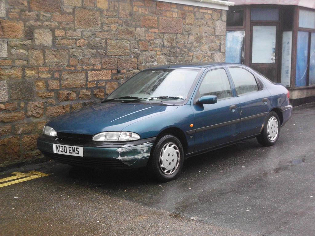8205 cornwall - 1993 Ford Mondeo Glx Camborne Dec 2012