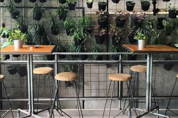 cafe-triple seven