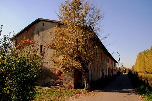 Lungo Naviglio by cordins