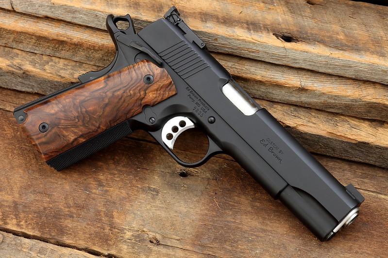 how to make micarta pistol grips