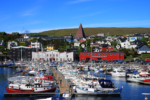 colors port boats islands view harbour faroe thorshavn torshavn tórshavn